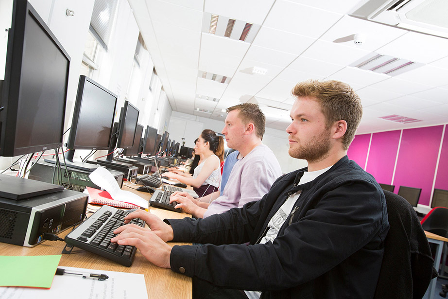 Full Time Courses at Middlesbrough College